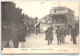 17 ROYAN - Entree De La Rue Gambetta - Royan