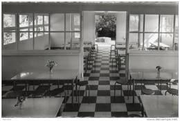 44. Pornichet. Colonie De Vacances Sainte Marguerite. Salle à Manger. Cpsm Petit Format - Pornichet