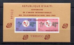 Hb De Haiti Sobrecarga Unesco - Haití