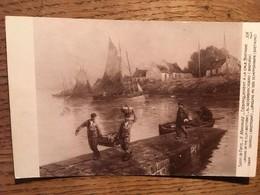 CPA, SALON DE PARIS (5894), Tableau De G. Maroniez, Débarquement à La Cale Bretagne, édition A Noyer, écrite En 1933 - Pittura & Quadri