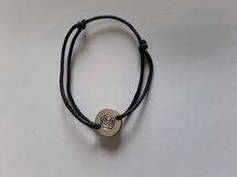 CACHAREL ~~~ AMOR ***  Bracelet Avec Médaille   !! - Perfume Cards