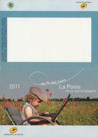 Calendrier °° 2011 - La Poste - Fillette Ordi Coquelicots - 7x10 - Calendari