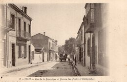 S2288 Cpa Afrique - Algérie - Coléa - Rue De La République Et Bureau Des Postes Et Télégraphes - Other Cities