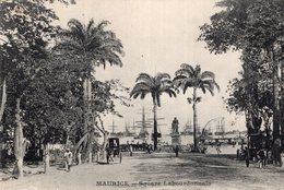 S2294 Cpa Afrique - Maurice - Square Labourdonnais - Mauritius