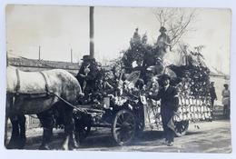 37 BEAULIEU-LÈS-LOCHES - Carte Photo - Cavalcade, Char, Fête - Autres Communes