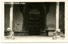 GUILLESTRE - Porche Et Eglise   - Voir Scan - Guillestre