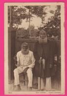 CPA  (Ref: Z2070) MARÉ (NOUVELLE CALÉDONIE) Deux Créthiens Anciens Canibales - Nouvelle Calédonie