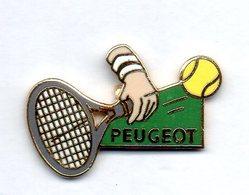 PIN'S TENNIS ROLAND GARROS PEUGEOT 1987 SIGNE DEMONS ET MERVEILLES RAQUETTE - Tennis