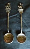 2 Cuillères Fait Avec Des Pièces De Monnaies - De La Républica Peruana Lima Decimos Fino 1923 Et 1924 Un Sol - Spoons