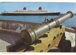 """TENERIFE : PORT DE SANTA CRUZ. CANON TIGRE FACE AU PORT ET LE PAQUEBOT """"FRANCE"""" En 1973.N.CIRCULEE. ETAT PARFAIT - Tenerife"""