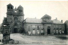 CPA - SOUVIGNY - ANCIENNE ABBAYE ET LE PRIEURE (ETAT PARFAIT) - Other Municipalities