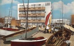 Bray Dunes Casino Yacht Club Voilier TOP 841 - Bray-Dunes
