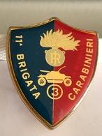 ITALIE - Insigne 11° Brigata Carabinieri - 3,6 Cm X 3 Cm. - Insignes & Rubans