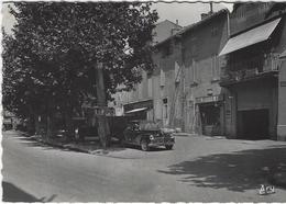 MARIGNANE    PLACE DE LA REPUBLIQUE   ANNEE 1956 - Marignane