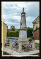 08  SAULCES  CHAMPENOISES    .. ..  Le  Monument  Aux  Morts - Other Municipalities
