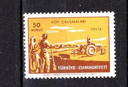 Turchia  -  1969.  Agricoltori Con Trattore. Farmers With Tractor. MNH - Agricoltura