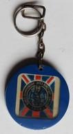 Porte Clefs Football 1966 Coupe Du Monde Angleterre Jules Rimet Cup World Cup England Le Gaulois - Apparel, Souvenirs & Other
