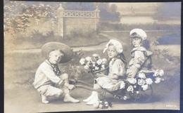 Kinderen - Children And Family Groups