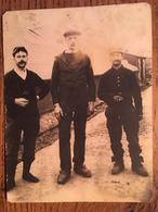 CPA, Photo Prisonniers De Guerre, Gefangenenlager Süderzollhaus, SCHLESWIG,(Post Janneby) Camp De Prisonniers De Guerre - Weltkrieg 1914-18