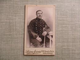 CDV ANCIEN MILITAIRE  30è REGIMENT ARTILLERIE MONTE BRIGADIER 1890 PHOTO BERU FRERES 45 ORLEANS - Anciennes (Av. 1900)