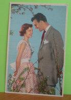 Coppia Innamorati  Cartolina Formato Piccolo Non Viaggiata - Paare
