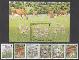 2005 Jersey Mushrooms Fungi   Complete Set Of 6 + Souvenir Sheet MNH @  WELL BELOW FACE VALUE - Jersey