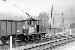 """Laval-de-Cère. """"Boîte à Sel"""". Embranchement Usine électrométallurgique Péchiney. Cliché Jacques Bazin. 04-09-1970 - Trains"""