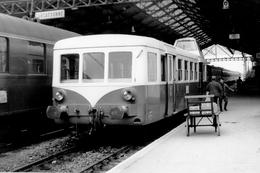 Carcassone. Autorail Série X 5500. Train Pour Quillan. Cliché Jacques Bazin. 09-05-1968 - Trains
