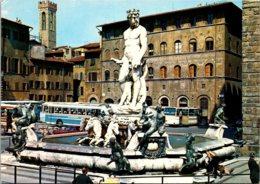 Italy Firenze Piazza Signoria Fontana del Nettuno