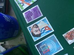 CUBA EROI DELLA RIVOLUZIONE - Postzegels