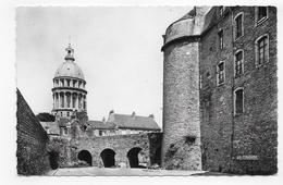 BOULOGNE SUR MER - LA CATHEDRALE ET LE CHATEAU - FORMAT CPA NON VOYAGEE - Boulogne Sur Mer