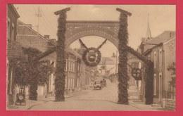 Havelange - Congrès Eucharistique Du 2 Août 1931 - Arc De Triomphe De La Rue De La Station ( Voir Verso ) - Havelange