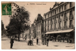 CPA 10 - TROYES (Aube) - 39. Boulevard Carnot (petite Animation) - Coll. T.G. - Troyes
