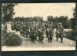 CPA - GUERRE DE 1914 - Notre Infanterie Surgit Toujours En Avant - Guerre 1914-18