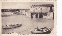 Ile De Ré (Ch.-Inf.) LOIX Le Port (bateau De Pêche ) Peu Courante - Ile De Ré