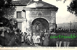 06 ROQUEBRUNE - LA CHAPELLE DE NOTRE DAME DES NEIGES JOUR DE LA PROCESSION - (N.D. DE LA PANSE XIIe SIECLE) - TBE - Roquebrune-Cap-Martin
