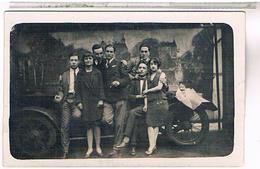 A Identifier  Carte Photo  Couples   Devant Auto     OU ? ID81 - Postcards