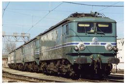 Avignon (84 - France)  La CC 7121 Au Dépôt D'Avignon En Février 1995 - Trains