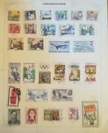 PAGINA PAGE ALBUM CECOSLOVACCHIA CZECHOSLOVAKIA 1965 CITTA CITY  ATTACCATI PAGE WITH STAMPS COLLEZIONI LOTTO - Collezioni & Lotti