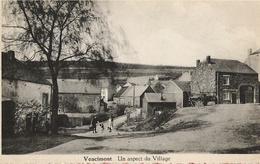 Vencimont - Un Aspect Du Village Animé - Circulé Vers 1950 - Edit Arsène Besonhé - Photo Dessart - Gedinne