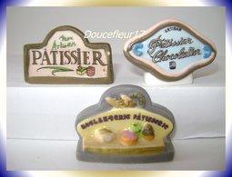 Patisseries  .. 3 Fèves Lot N°1....(pan 0012) - Regio's