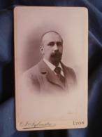 Photo CDV Sylvestre à Lyon - Portrait Homme, Circa 1890 L447A - Oud (voor 1900)
