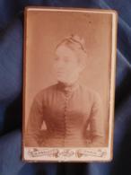Photo CDV Prouzet à Paris - Portrait Jeune Femme Au Chignon Circa 1885 L447A - Fotos