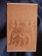 Photo CDV Dos Neutre - Groupe De Jeunes Hommes, Second Empire Circa 1865 L447A - Fotos