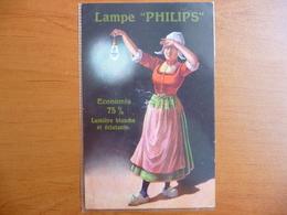 """CPA - Lampe Philips - """"Économie 75% - Lumière Blanche Et éclatante"""" Hollandaise En Sabots - Publicité"""