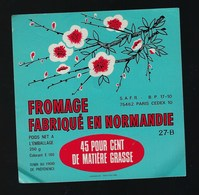 Etiquette Fromage Normandie 45%mg SAFR Paris 27 B - Cheese