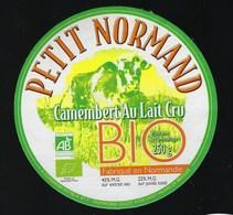 """Etiquette Fromage Petit Normand Camembert Bio Au Lait Cru  Fromagerie Gilot St Hilaire De Briouze """" Vache"""" - Cheese"""