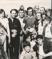 NOORDSCHOTE    -- FOTO 1973   +-  14 X 8 CM  --- WESTHOEKPROEF  PATRIK DERAEVE WINNAR - Lo-Reninge