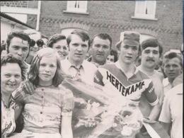 DENDERWINDEKE   -- FOTO 1973   +- 8 X 8 CM  ---   NIEUWELINGEN - Ninove