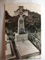 Carte Postale Ile De Groix (56) Tombeau De Jean Pierre Calloch ,Poete Breton ( Petit Format Non Circulée ) - Autres Communes